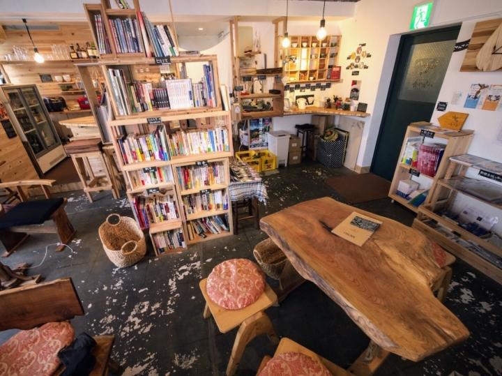 social-book-cafe-hachidorisha.jpg